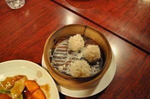 餅米まぶし肉団子