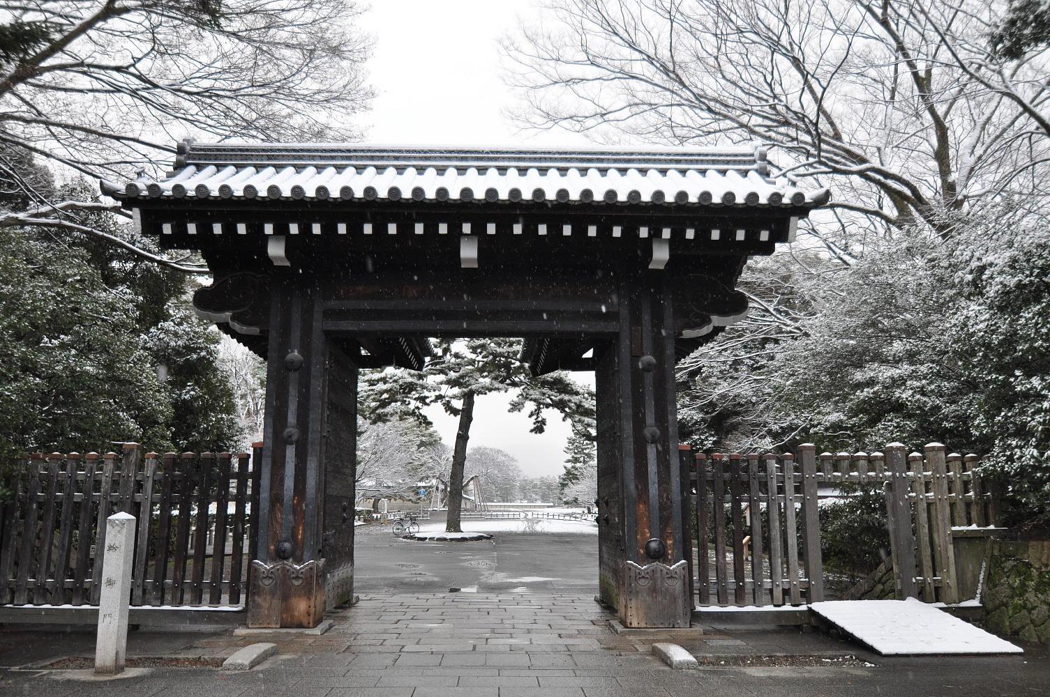 雪の蛤御門
