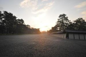 御所の日の出